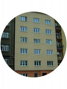 Holešovický činžovní dům v Jankovcově ulici